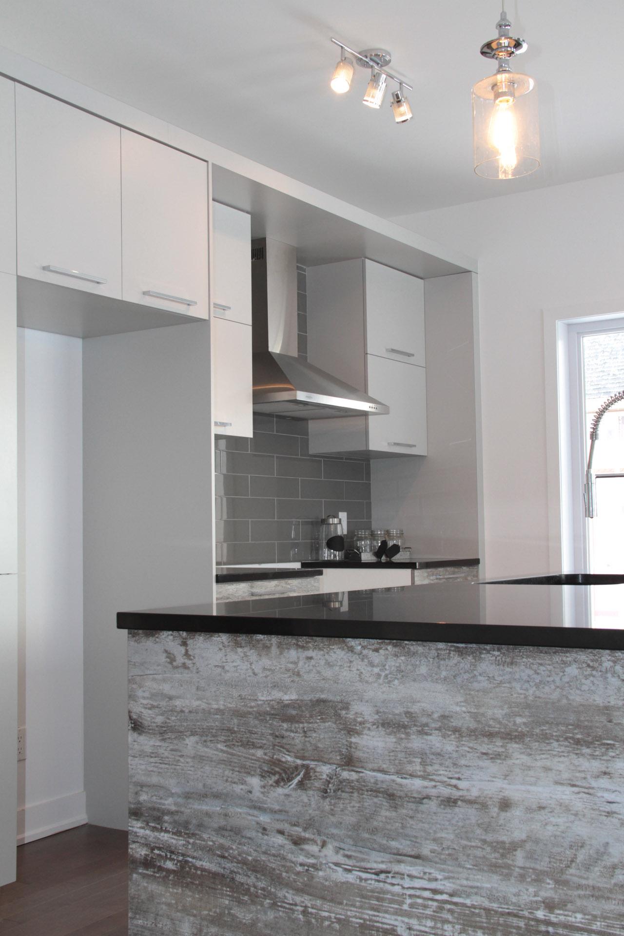 Armoires de cuisine st j r me et r novation salles de for Armoires de cuisine en bois