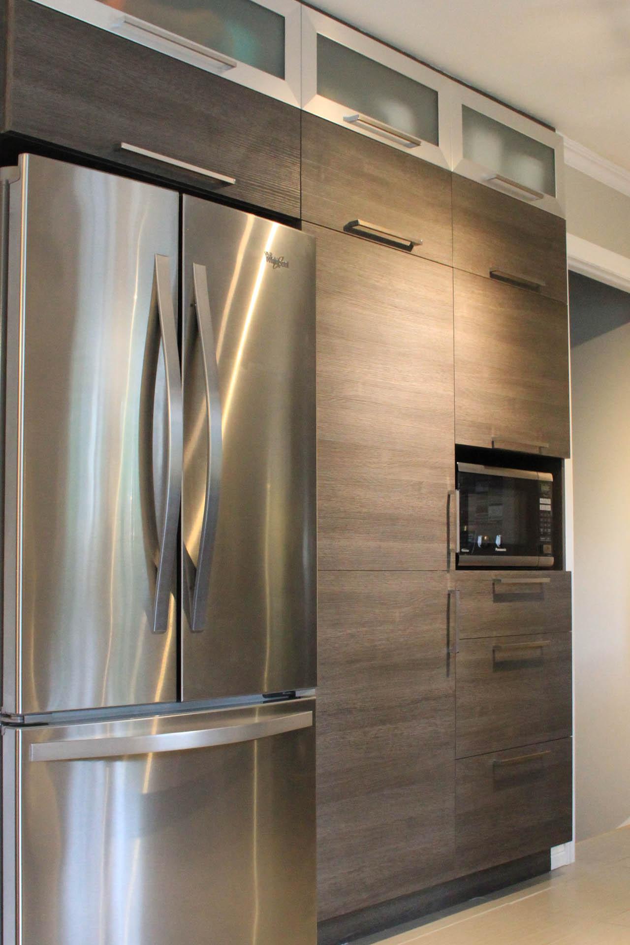 Armoire de cuisine gris 4789 for Armoire de cuisine moderne