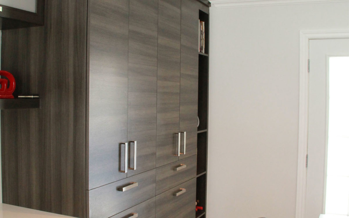 Armoires de cuisine de m lamine grise for Armoire de cuisine vaudreuil dorion